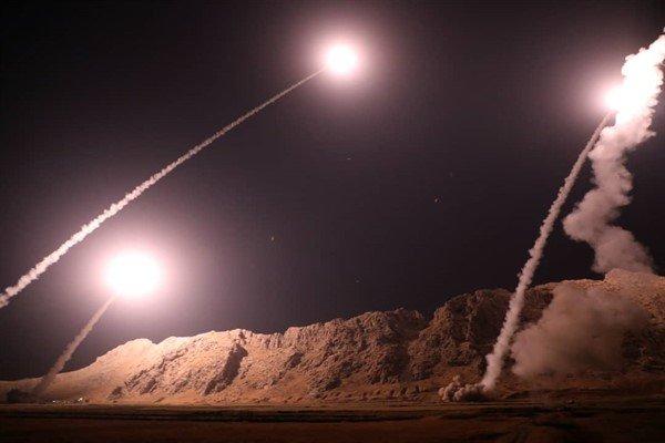 تصاویر حمله شبانه سپاه به مقر تروریست ها