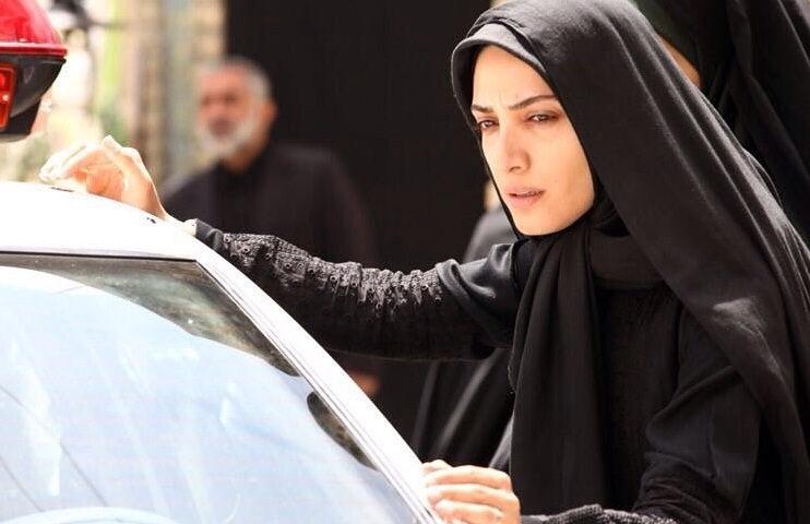 عکس مینا ساداتی همسر بابک حمیدیان در تنهایی لیلا