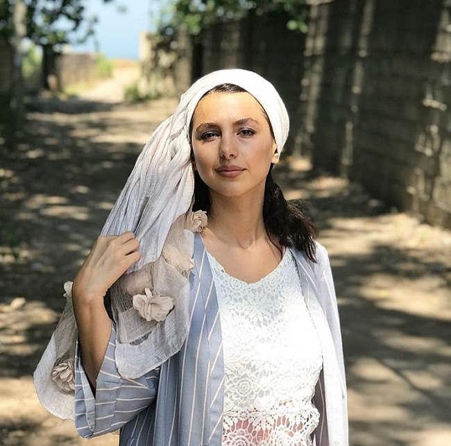 عکس های جوانه دلشاد بازیگر