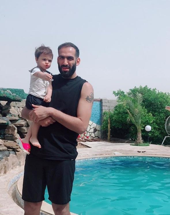 عکس های حامد حدادی و خواهرزاده اش