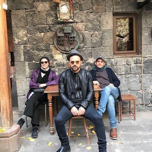 عکس های مینا ساداتی و همسرش بابک حمیدیان در کنار هومن سیدی