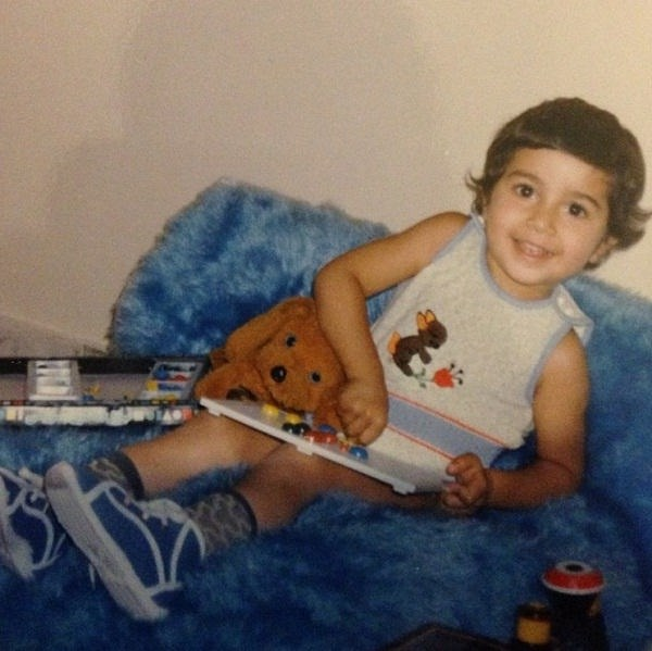 عکس کودکی حسین مهری