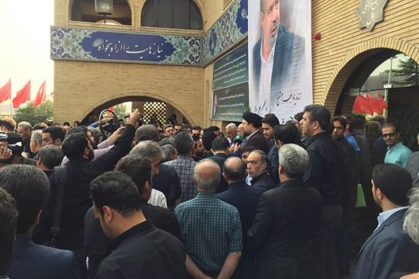 مراسم تشییع جنازه بهرام شفیع در مسجد بلال صدا و سیما