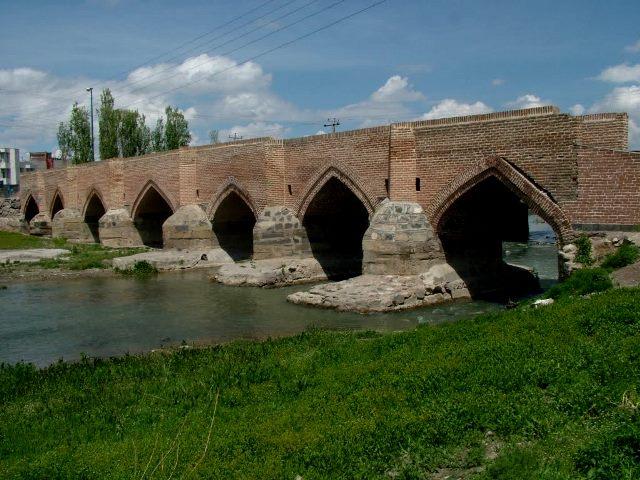پل هفت چشمه اردبیل