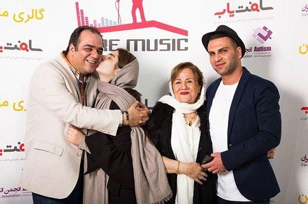 عکس مهدی غفوریان در کنار دخترش تارا و مادرش