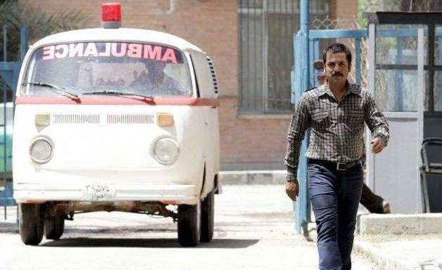 عباس غزالی در نمایی از سریال مینو