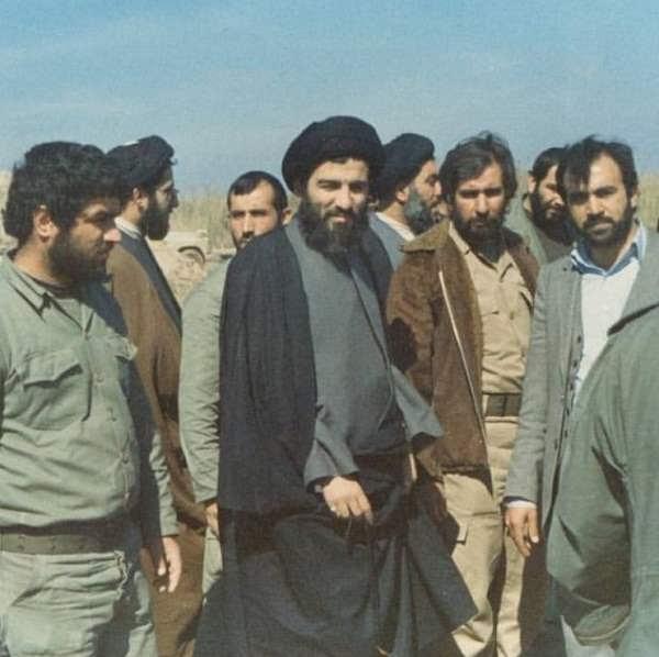 عکس آیت الله هاشمی شاهرودی در دوران دفاع مقدس