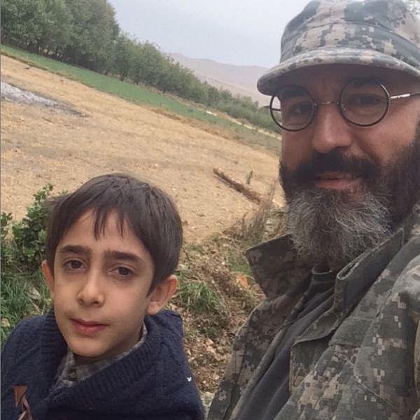 عکس صالح میرزا آقایی و پسرش ماهور