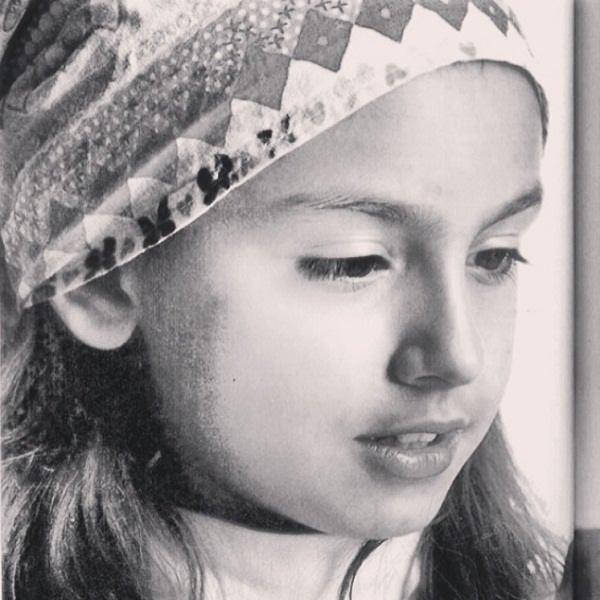 عکس نیکی نصیریان در زمستان سال ۱۳۹۰