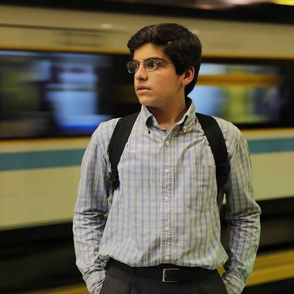 بازیگر نقش جواد در سریال بچه مهندس