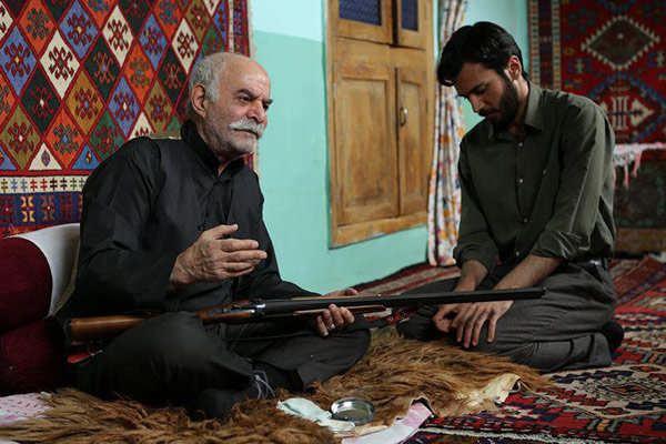 بازیگر نقش خان آقا پدربزرگ مارال در آنام۲