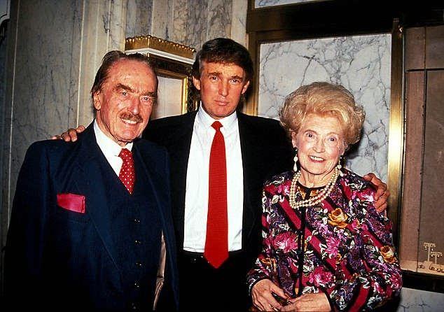 عکس ترامپ و پدر و مادرش