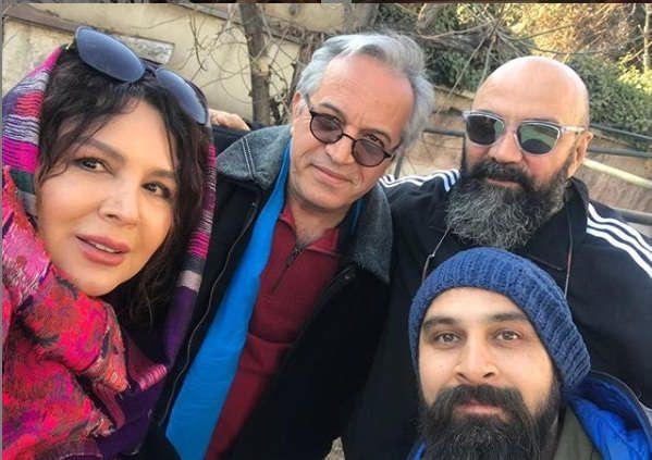 عکس شهره سلطانی با جمعی از هنرمندان