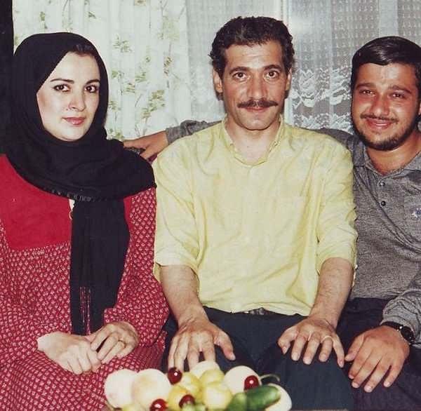 عکس فرحناز منافی ظاهر و حسین محب اهری در سال ۷۲