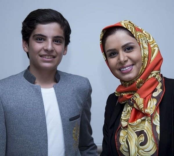 عکس مانی رحمانی در کنار نجمه جودکی