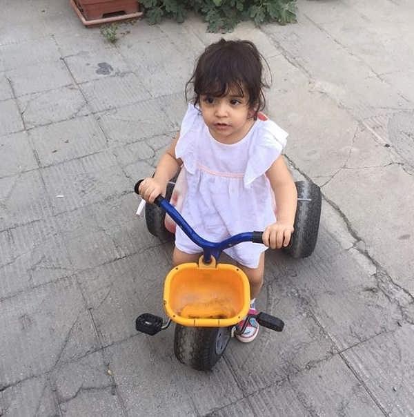عکس نوه فرید سجادی حسینی؛ نارتا دختر پسرش روزبه