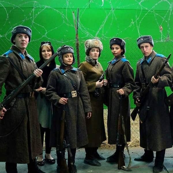 عکس های مهتاب جامی بازیگر در سریال سرزمین کهن در نقش سرباز روس