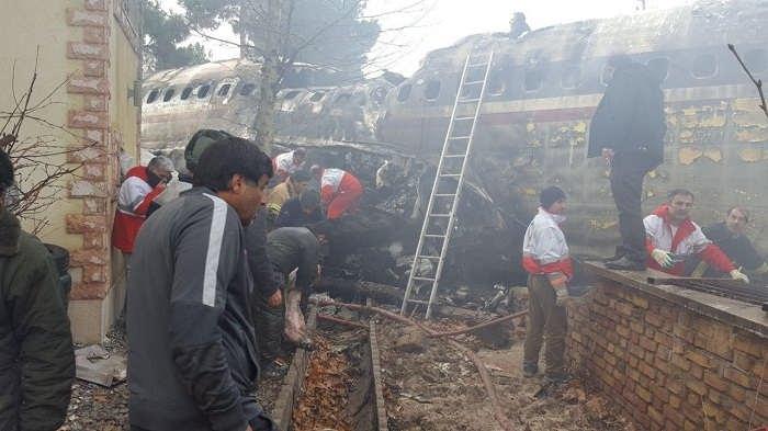 عکس هواپیمای سقوط کرده ارتش؛امروز۲