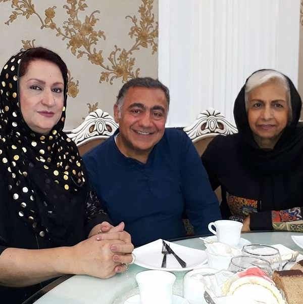 به ترتیب از سمت راست سعیده عرب خسرو احمدی و مریم امیرجلالی