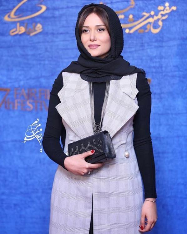 تیپ بازیگران در جشنواره فیلم فجر ۹۷ - پریناز ایزدیار۲