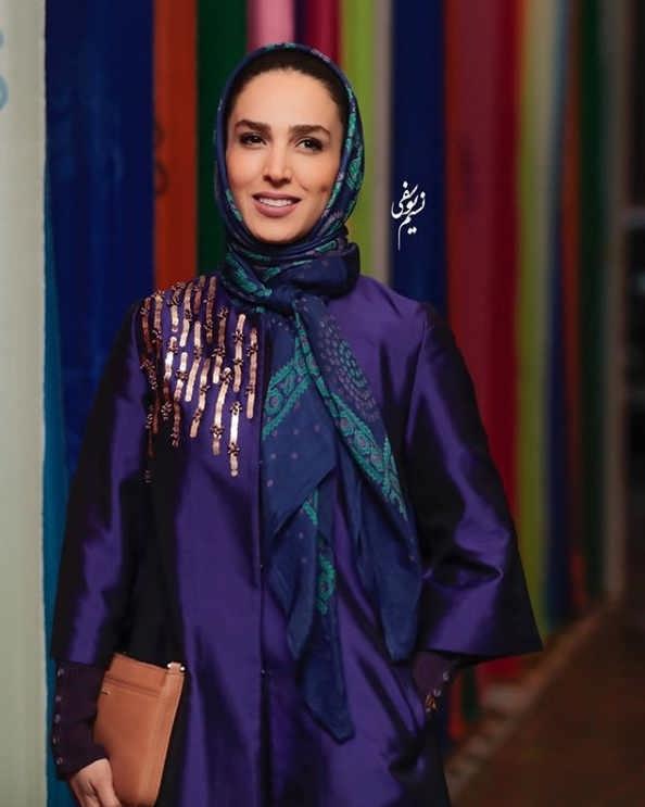 مدل مانتو بازیگران در جشنواره فجر ۹۷ - سوگل طهماسبی