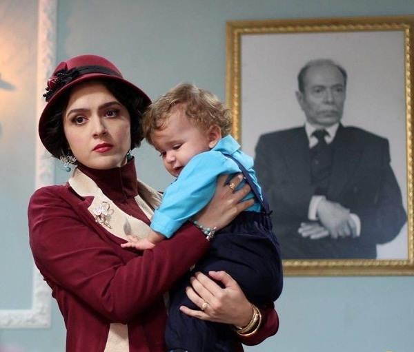 شهرزاد و فرزندش در نمایی از فصل دوم سریال