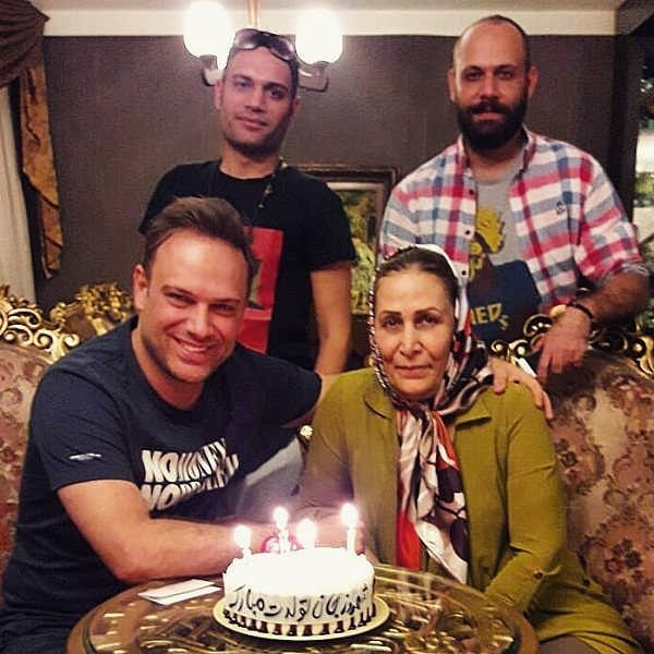 عکس تولد شهروز ابراهیمی در کنار خانواده اش