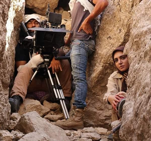 عکس کیمیا اکرمی بازیگر سریال خط تماس در پشت صحنه فیلم