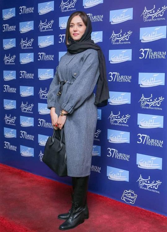 مدل مانتو بازیگران جشنواره فجر ۹۷ - پریناز ایزدیار ۷