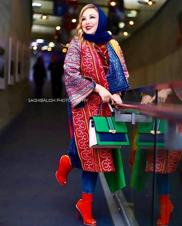 مدل مانتو بازیگران در جشنواره فجر ۹۷ - بهنوش بختیاری۵