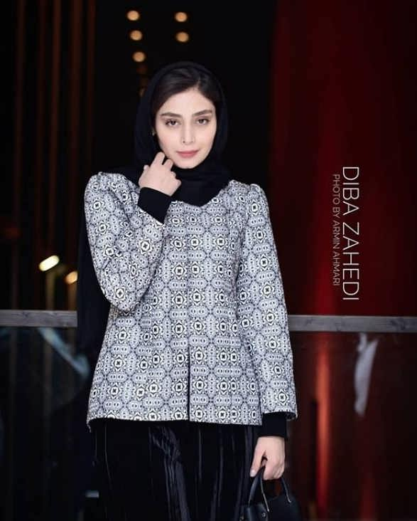 مدل مانتو بازیگران در جشنواره فجر ۹۷ - دیبا زاهد۲