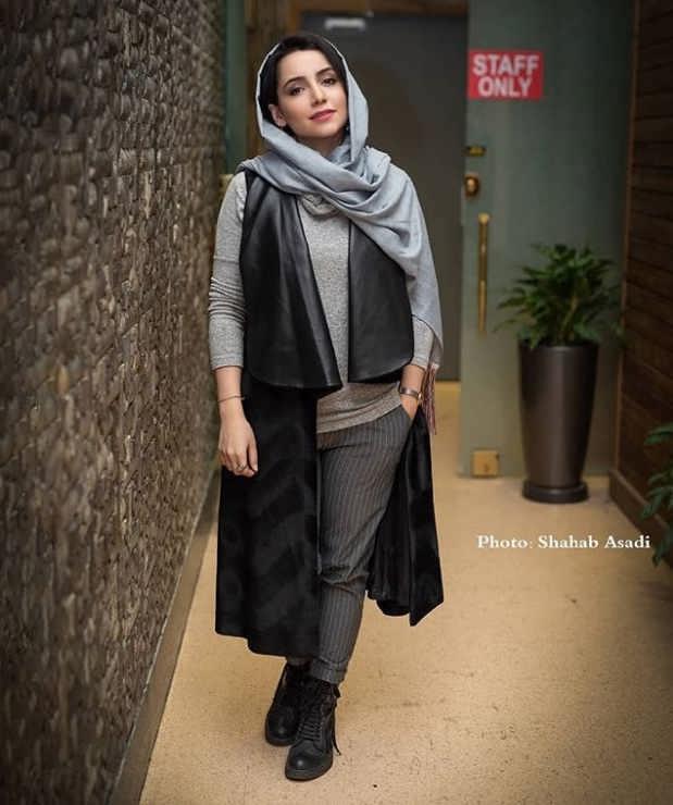 مدل مانتو بازیگران در جشنواره فجر ۹۷ - نازنین بیاتی