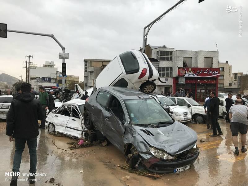 خسارات به خودروها در سیل شیراز