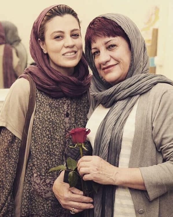 عکس شیدا خلیق و مادرش ناهید مسلمی