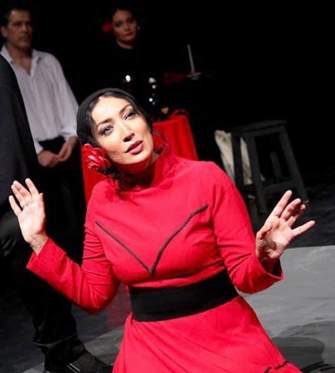 عکس نگار عابدی در نمایش یرما