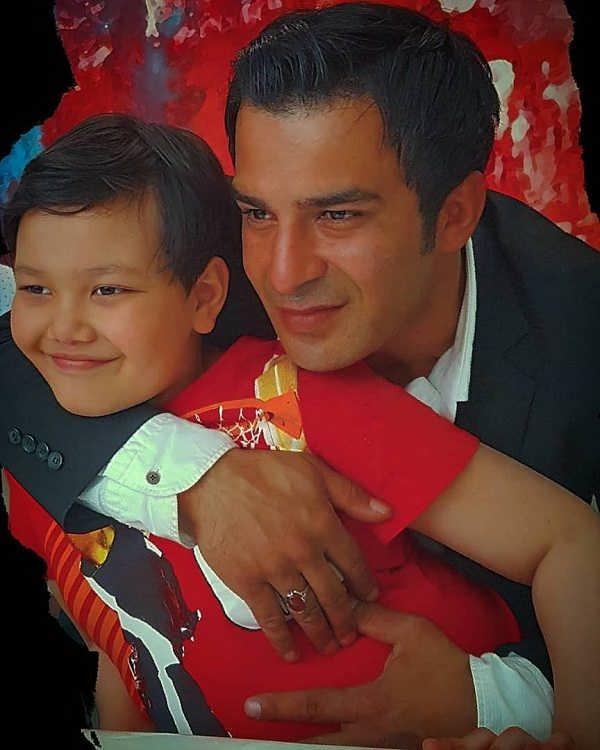 عکس یوسف تیموری و پسرش آرمین تیموری ۲