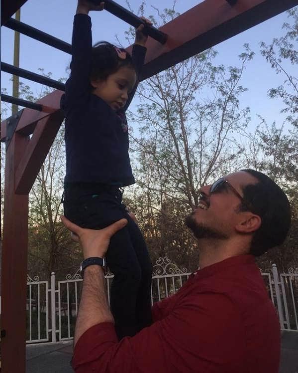 عکسهای یاسین رامین همسر مهناز افشار و دخترش۲