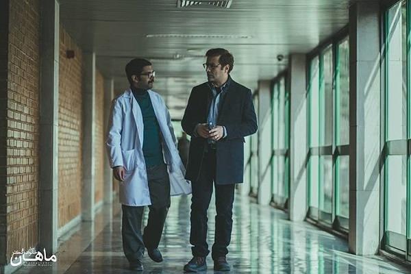 امین زندگانی و ارسطو خوش رزم بازیگران سریال خانواده دکتر ماهان