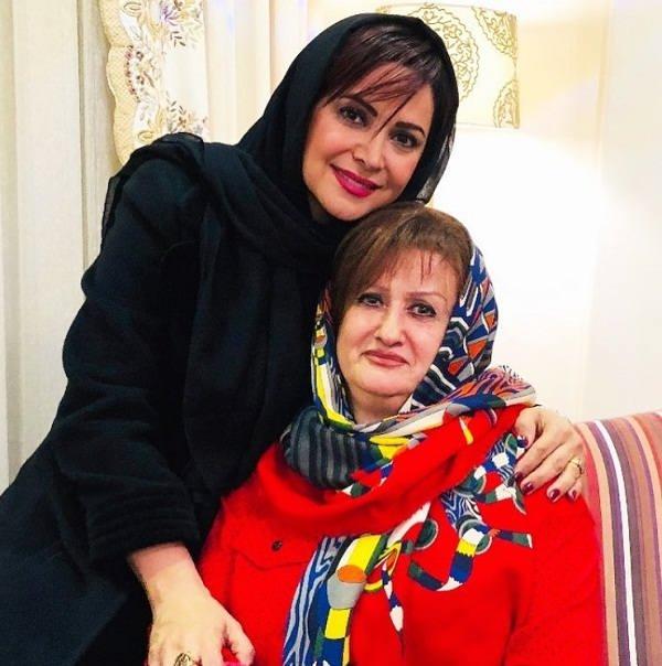 عکس کمند امیرسلیمانی و مادرش