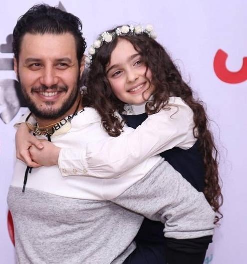 عکس های مانیا علیجانی بازیگر کودک سریال هیولا