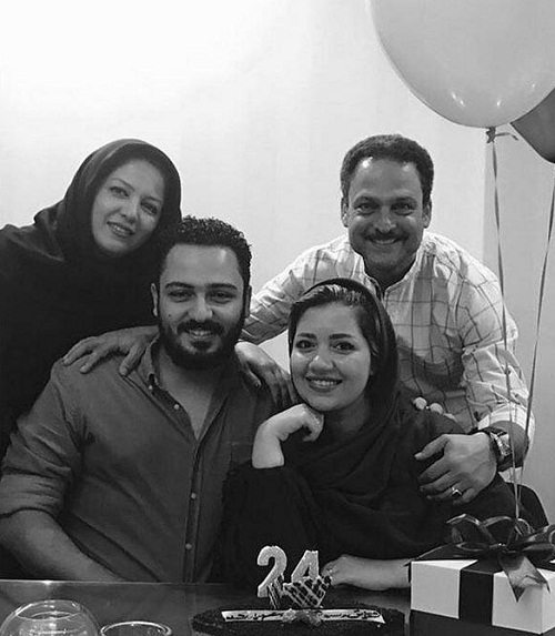 عکس حسین یاری و خانواده اش