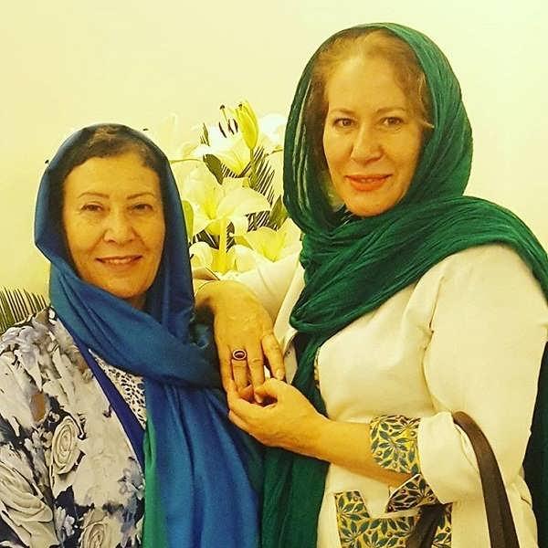 عکس معصومه آقاجانی و خواهرش صفا آقاجانی