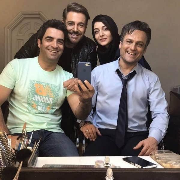محمدرضا گلزار و ساره بیات و حسین یاری و منوچهر هادی در پشت صحنه سریال عاشقانه