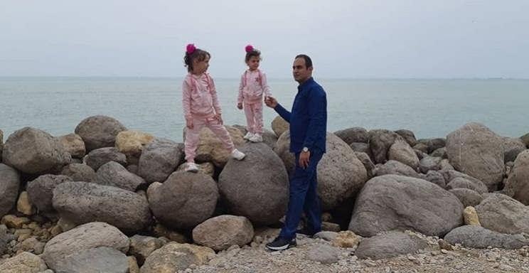 عکس یاسر حق شناس در کنار دخترانش