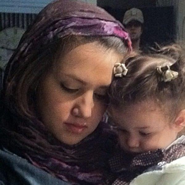 عکس نسیم حشمتی همسر اول بنیامین بهادری و دخترش بارانا