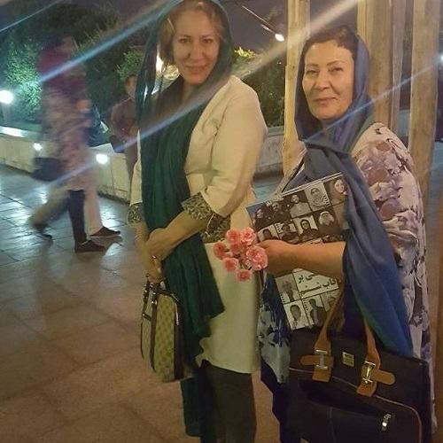 عکس صفا آقاجانی و خواهرش معصومه آقاجانی